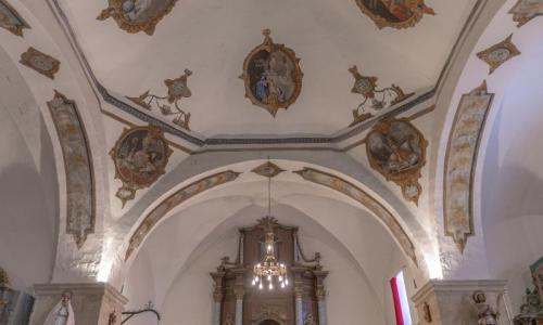 Iglesia de Villanófar