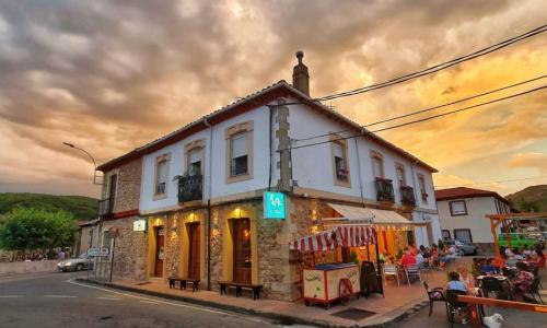 El Cruce Café Bar