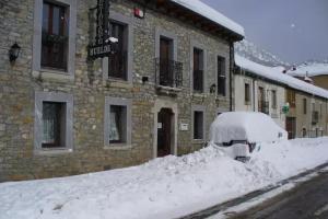 Hotel Rural Huelde0