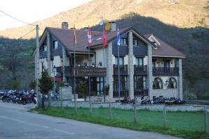 Hotel Cumbres  Valdeón0