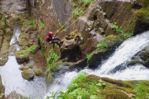 Kayak Pico Azul:  Espeleo, Barrancos y Rappel0