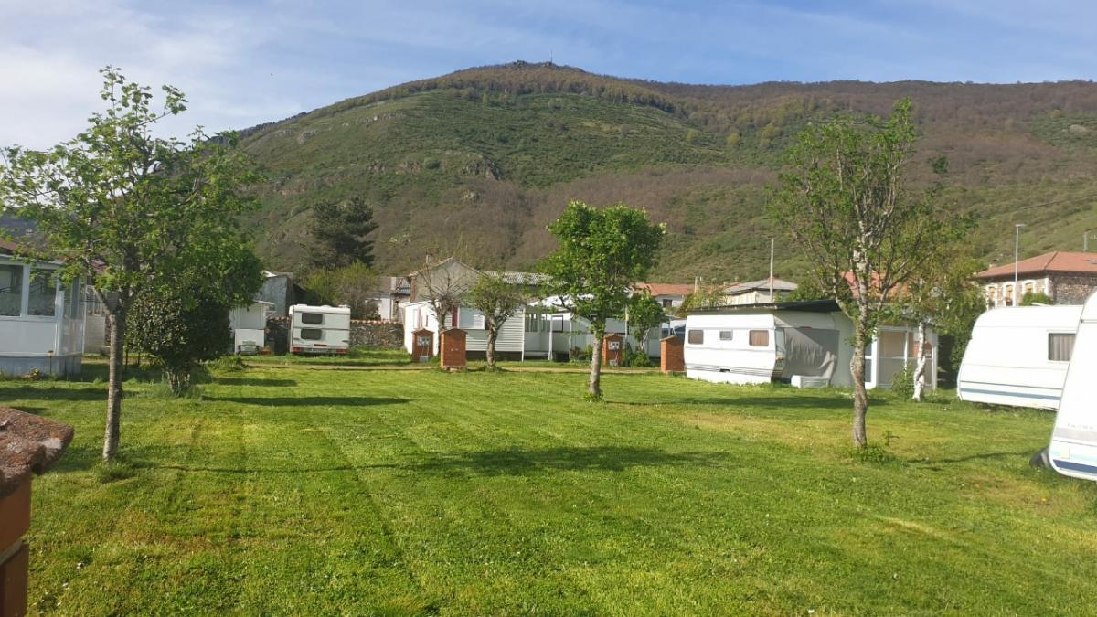 Camping El Urogallo0