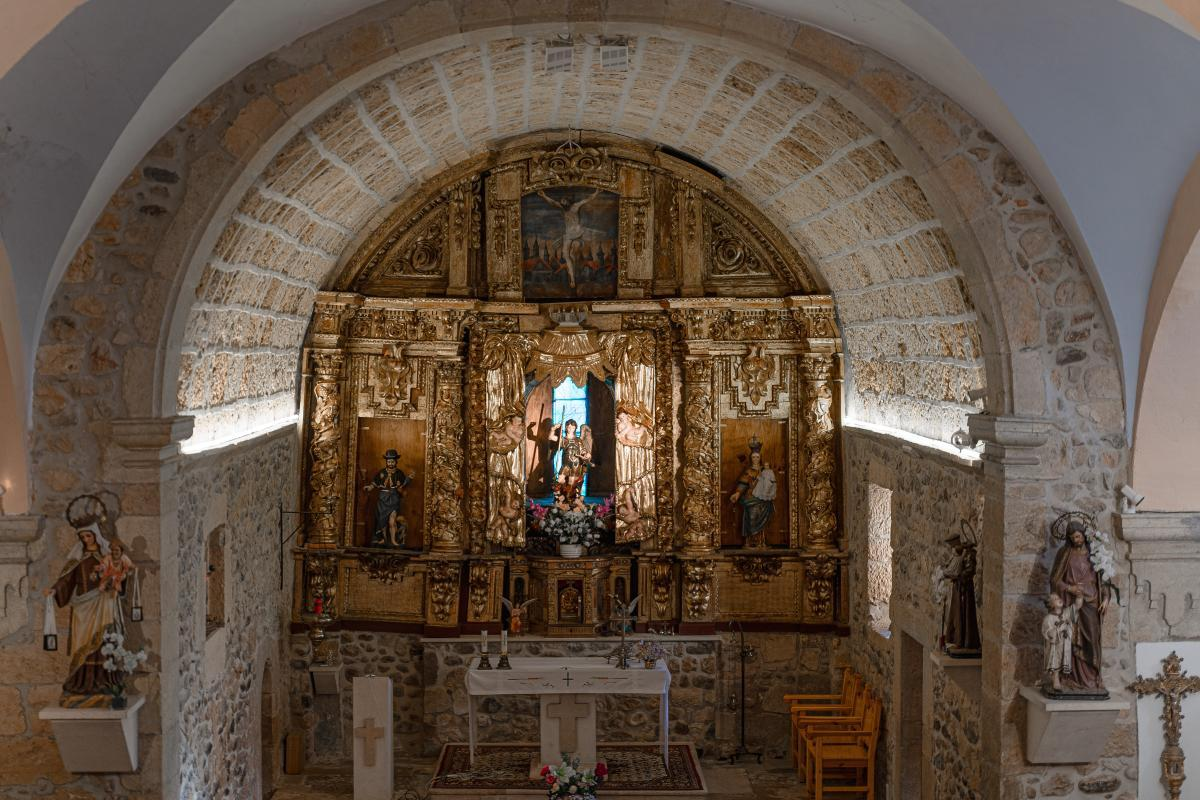"""Iglesia de la """"Aparición de San Miguel""""3"""