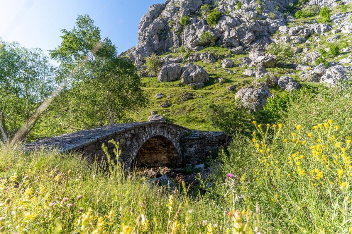 Pontón del arroyo de Villarías3