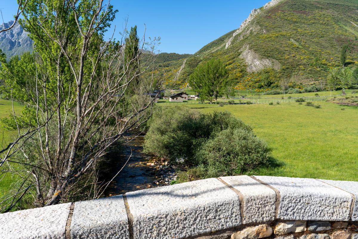 """Puente de """"Los campos de Lugueros""""1"""