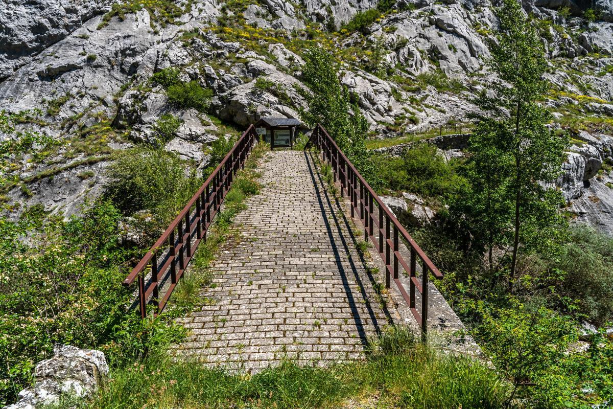 """Puente del """"Ahorcado"""", o de """"Los Verdugos""""0"""