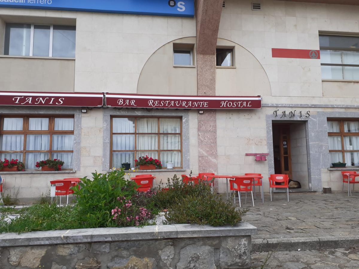Hostal Restaurante Tanis0