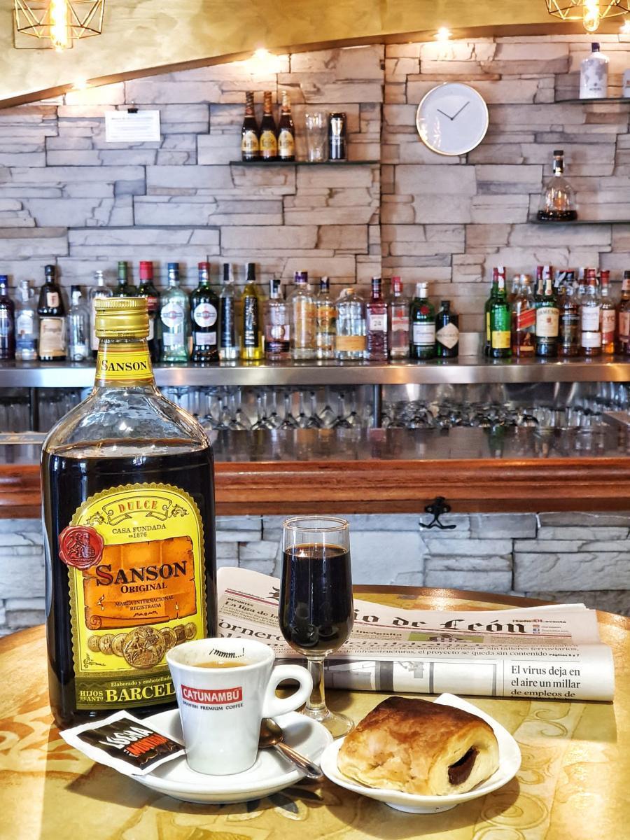 El Cruce Café Bar1