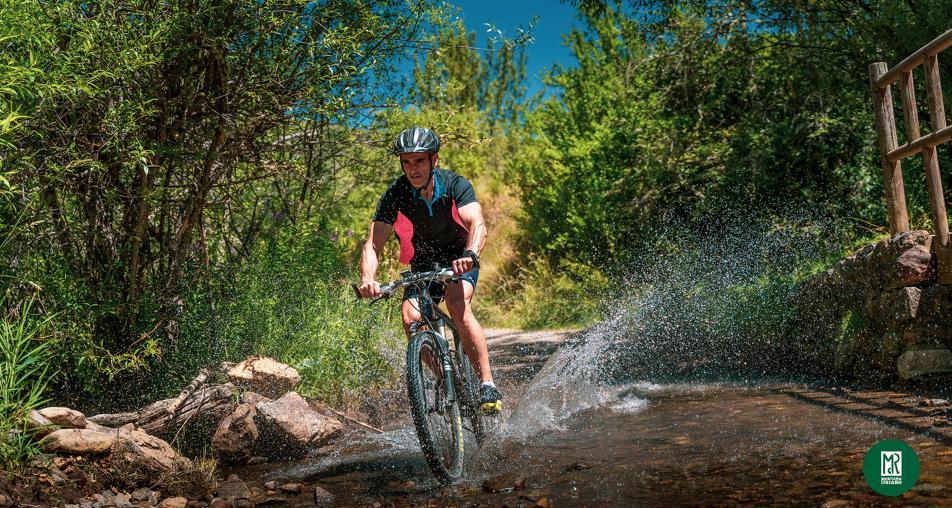Sobre dos ruedas (en bicicleta)